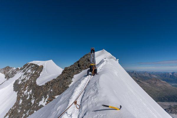 Patrick Keller auf dem Gipfelgrat