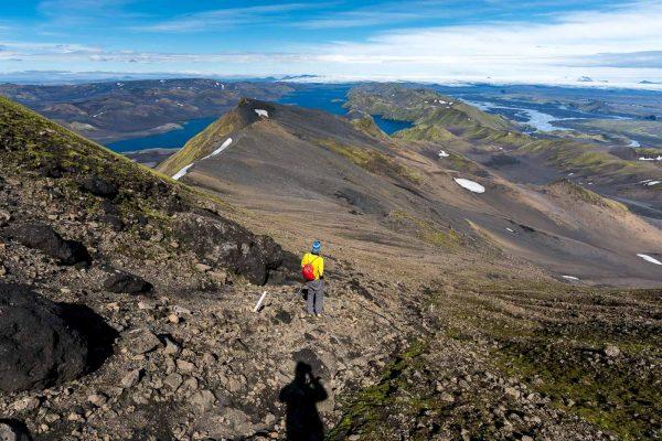 Abstieg Richtung Breiðalgn