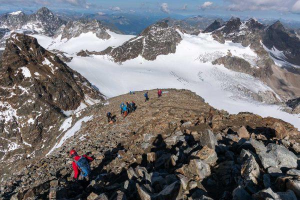 Gipfelhang Piz Buin