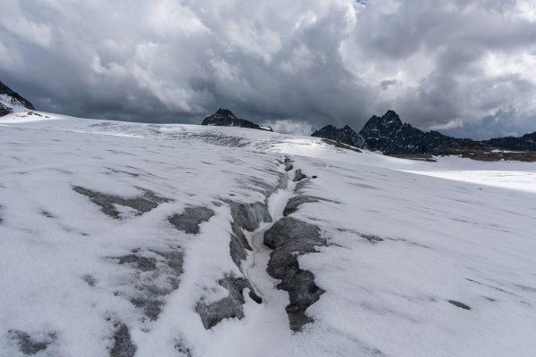 Spalte auf dem Silvrettagletscher
