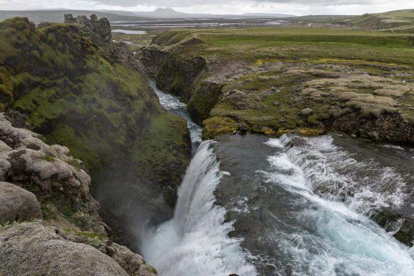 Wasserfall hinter Hólaskjól