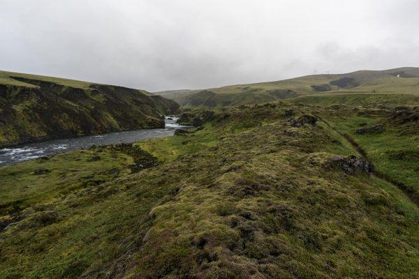 Weg entlang der Syðri-Ófæra