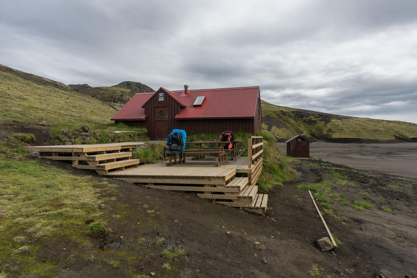 Sveinstindur Hütte