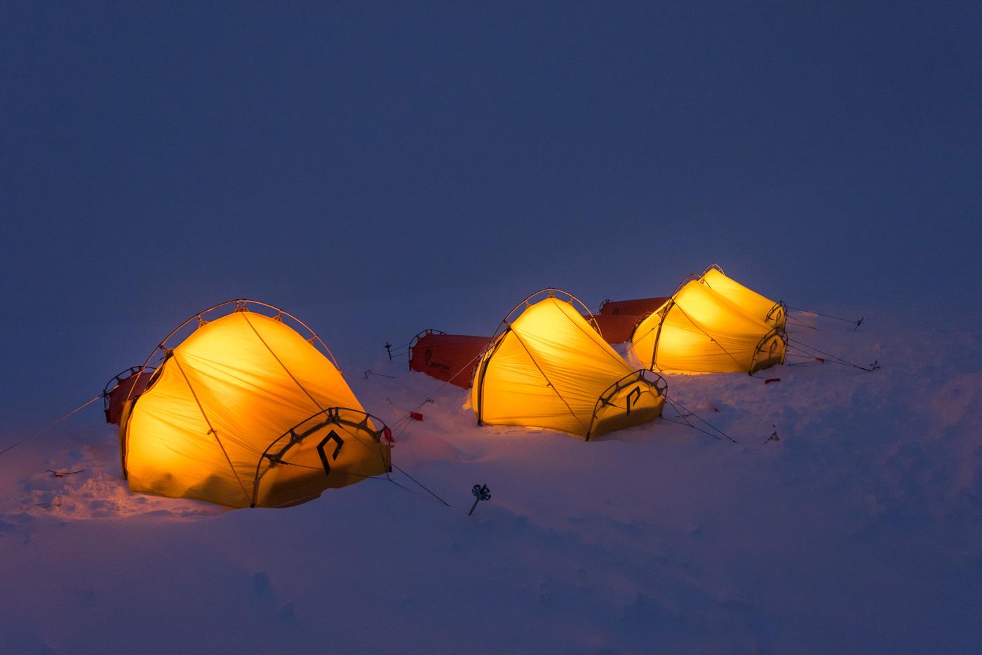 Zeltlager beim eindunkeln