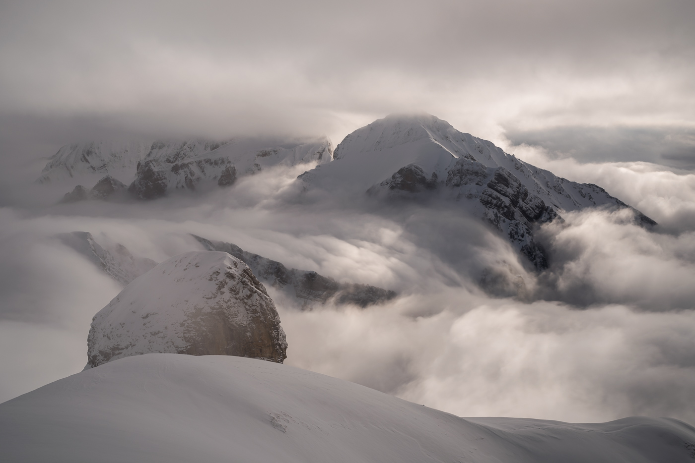 Nebelwelle über die Nideri