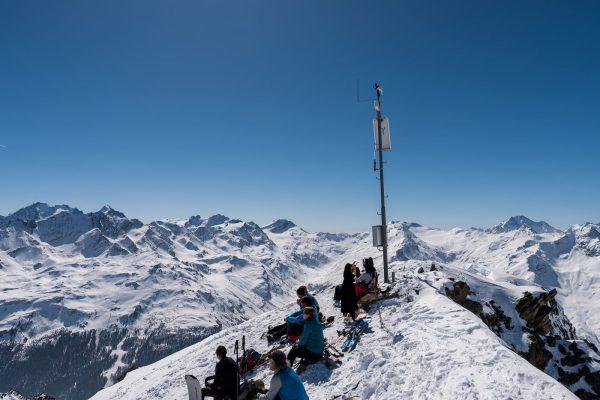 Wetterstation auf dem Skigipfel