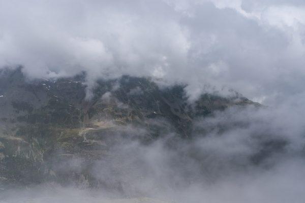 Kurze Aussicht vom Gipfel