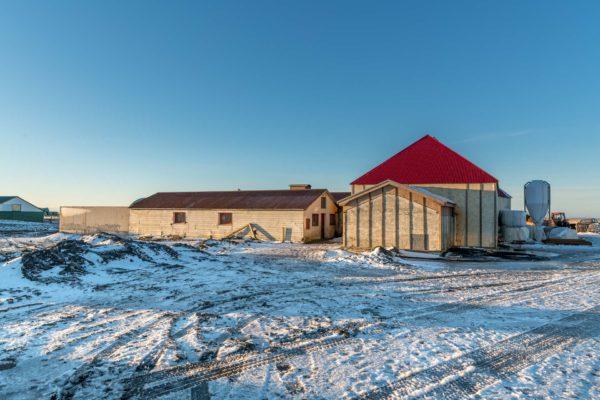 Anbau und Umbau für den neuen Stall
