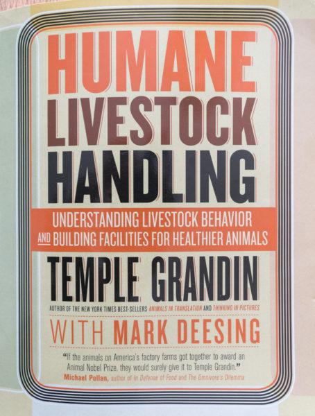 Ein Buch über das Verhalten und den Umgang mit Kühen