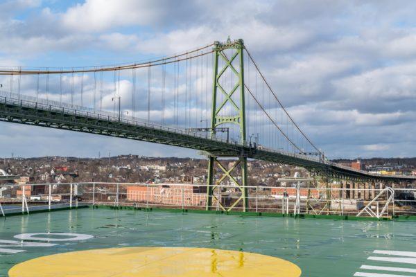 Sonnige Ausfahrt aus Halifax