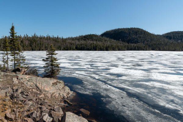In Ontario sind noch viele Seen gefroren.