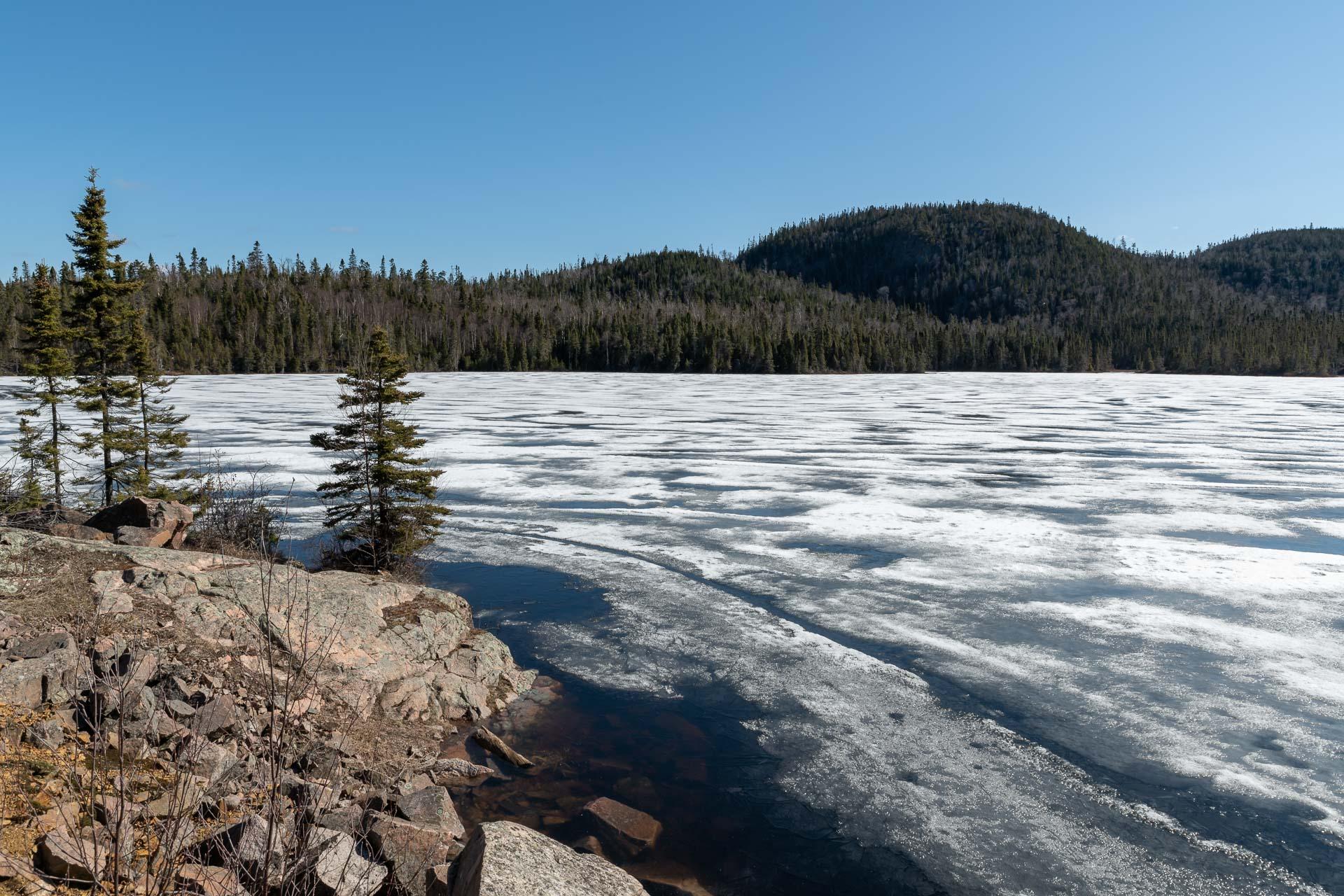 In Ontario sind noch viele Seen gefroren