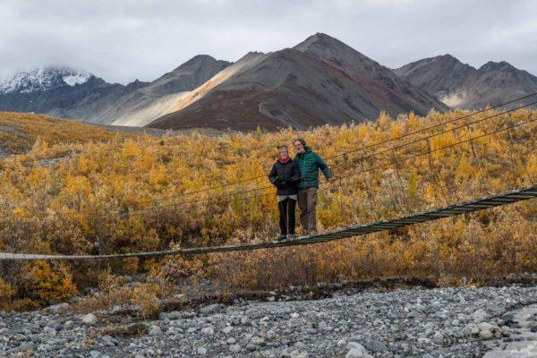 Pia und Robert auf der Hängebrücke