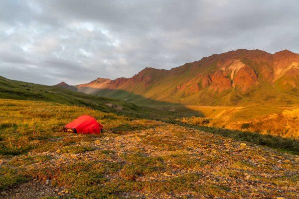 So macht Trekking Spass wenn der Sonnenuntergang erst kurz vor Mitternacht ist.