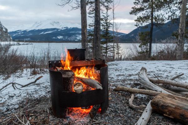 Lagerfeuer zum Wasser kochen